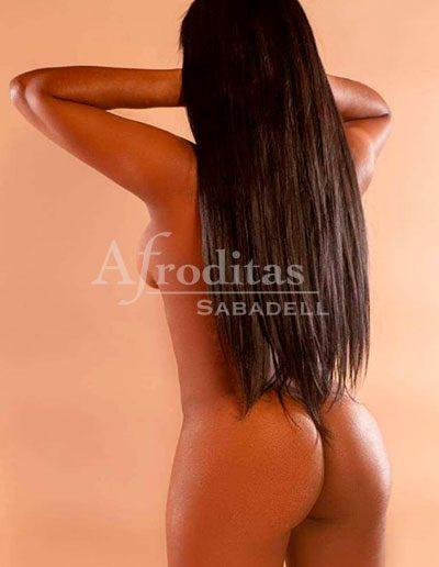 laura-cubana-sexy